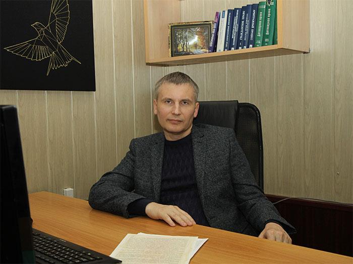 Руководитель Юридического центра RegPractic на рабочем месте